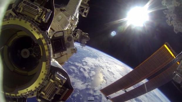 planeta-zemlja-svemir-satelit