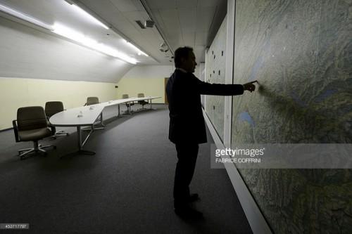 bunker-svajcarska-planina-alpi-bankari-novac-pare-skloniste-2