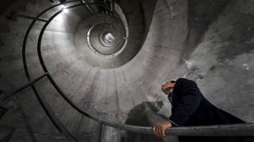 bunker-svajcarska-planina-alpi-bankari-novac-pare-skloniste-3