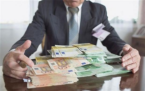 novac-mito-korupcija-pare-evro