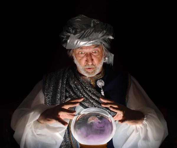 vidovnjak-kristalna-kugla-magija