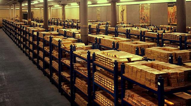 OVO JE DOKAZ DA SE SPREMA NEŠTO VELIKO! Nemačka iz Amerike povukla 300 tona zlata, a iz Francuske 105 tona!