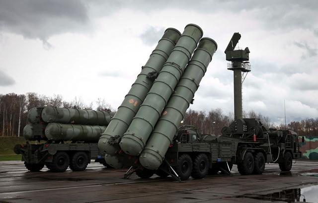 Turska kupuje ruski S-400 i pravi razdor u NATO paktu