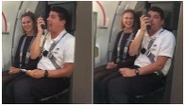 """Kada je ovaj stjuard počeo da se obraća putnicima, ceo avion je """"EKSPLODIRAO"""" od smeha! (VIDEO)"""