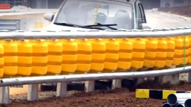 Može da spasi mnoge živote: Ovakve ograde su nam potrebne pored auto-puta (VIDEO)
