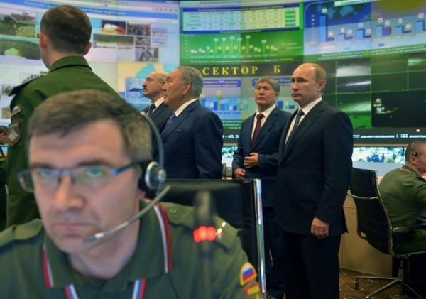 putin-lukasenko-vojska-rusi-komanda