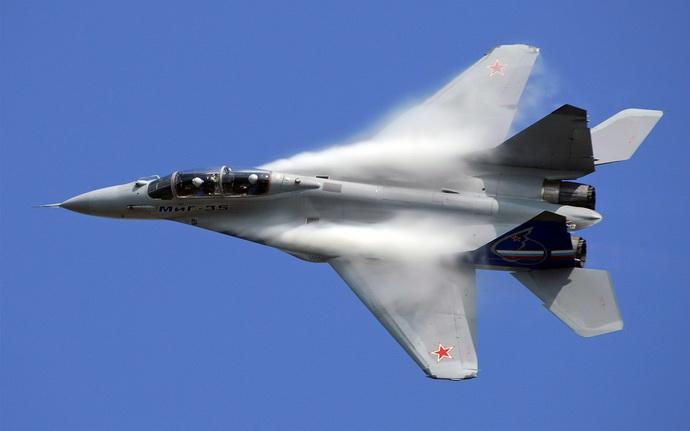 rusija- avion- mig35