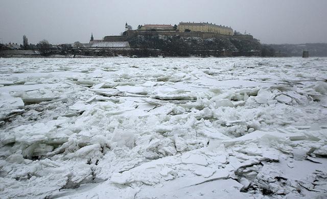 srbija-led-zima-reka-foto-tanjug-jaroslav-pap