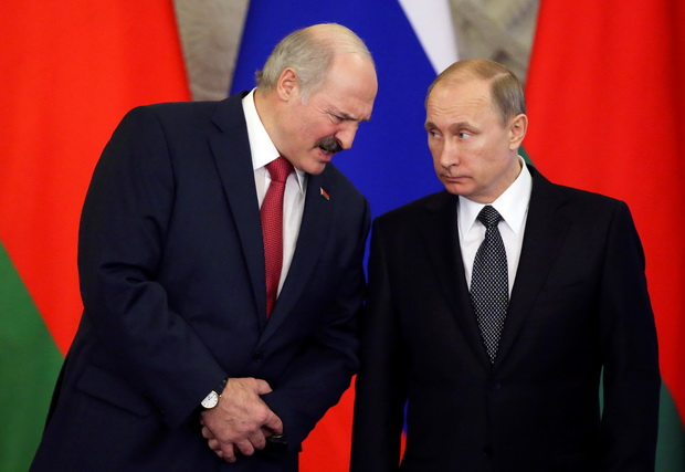 Russia's President Putin and his Belarussian counterpart Lukashenko attend session of Supreme State Council of Union State in Moscow