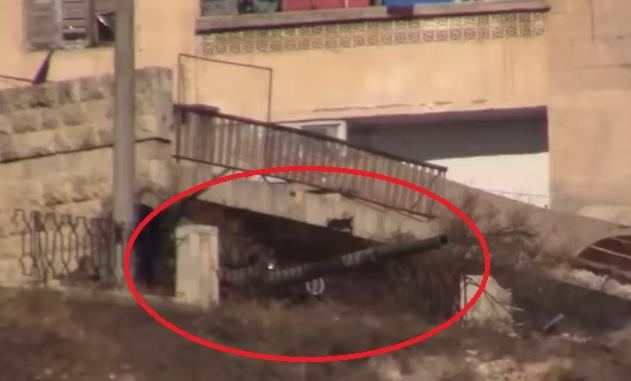 KRALj RUSKIH TENKOVA USNIMLjEN U SIRIJI: Komandni tenk u akciji u Siriji, postoje samo dva ovakva! (VIDEO)