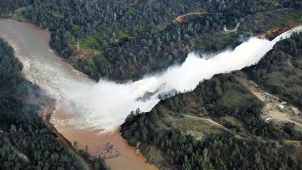 7 katastrofa u Americi koje su pokosile život: Ovo su bila kobna pucanja brana, kada voda počne da kulja ona odnosi sve (VIDEO)