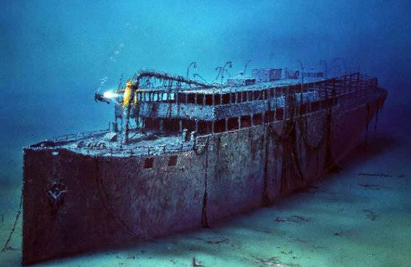 Ceo vek na dnu mora leži Jadranski Titanik, brod pun blaga! (VIDEO)