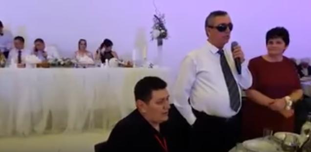 ALIJA, PRIJATELJU, HVALA TI KO BOGU: Musliman spasio Srbina koji je ostao bez oba oka u ratu, ovo su njihove reči posle 25 godina (VIDEO)