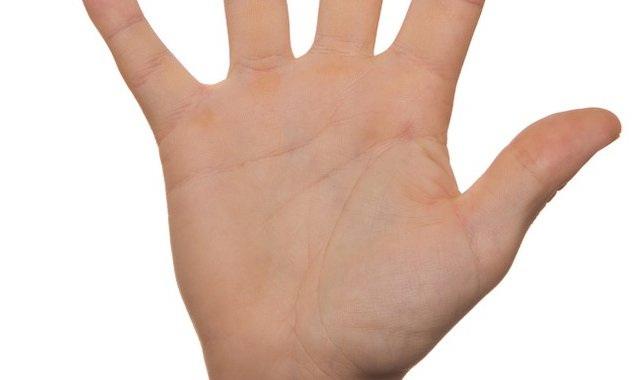 OBAVEZNO PROVERITE: Imate li liniju anđela čuvara na dlanu? (FOTO)