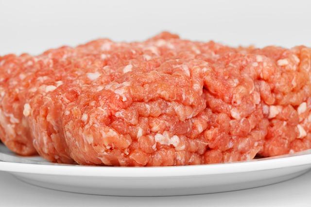 STRAŠNO: Evo šta nam se može desiti zbog antibiotika iz mesa koje jedemo!