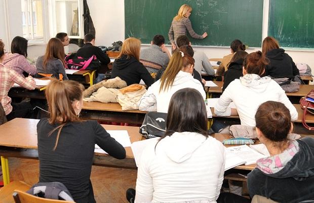 skola- djaci- ucenici- ucionica- srbija