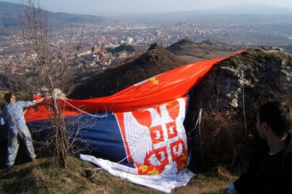 """TEKST KOJI JE ZAPALIO SRBIJU: Kad prodaš njivu Albancu za 200.000€ nemoj da naručuješ """"Ko da mi otme iz moje duše Kosovo"""""""