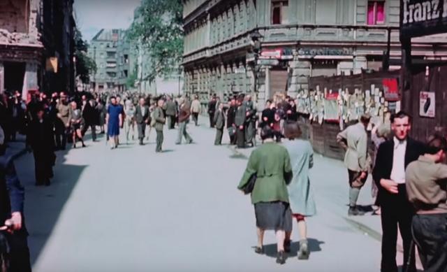 ĆIRILICA U SRCU BERLINA: Ovo je NIKAD OBJAVLJENI snimak Nemačke nakon ruske okupacije odmah nakon Drugog svetskog rata! (VIDEO U BOJI)