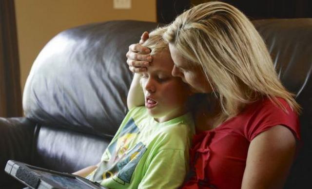 majka-dijete-autizam