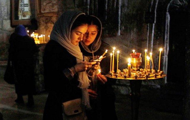 SVAKODNEVNE MOLITVE: 4 molitve za uzdizanje ka Bogu, čišćenje duše, smirivanje strasti i pokajanje