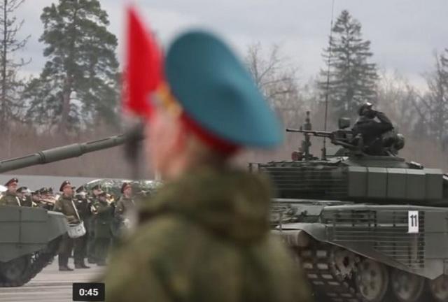 RUSI POKAZALI ŠTA JE VOJNA SILA: Pogledajte pripreme za Paradu pobede u Moskvi (VIDEO)
