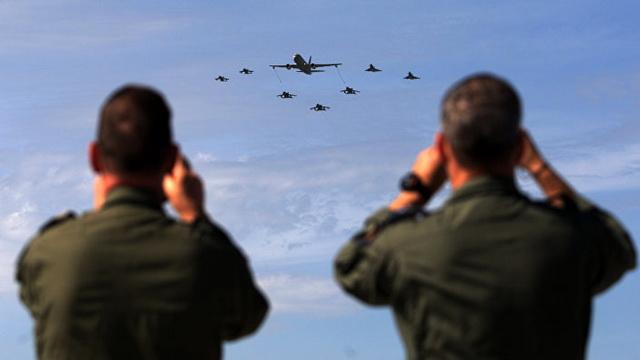 avion- vojnici