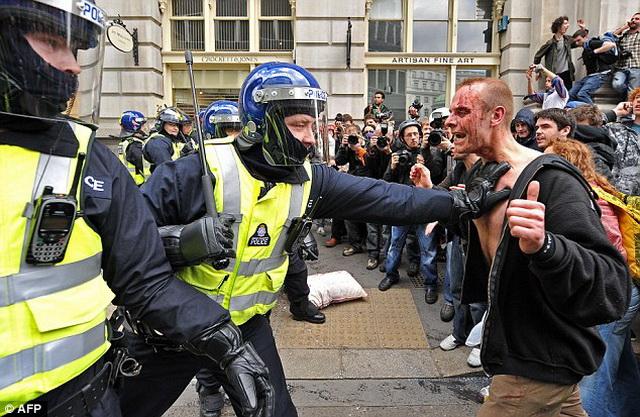 britanija- policija- engleska