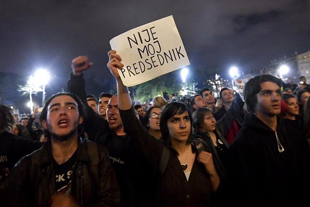 """OTVORENO PISMO JAVNOSTI: """"Pita me otac šta je svrha ovog protesta, čitaj stari, a čitajte i vi ostali…"""""""