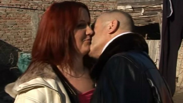 Haos u porodici kod Pančeva: Žena ga drži kao taoca zbog 32 godine mlađe ljubavnice sa kojom ima dete (VIDEO)