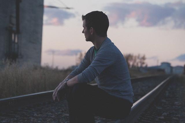 """KAKO NESREĆU """"VUCARAMO"""" SVUDA SA SOBOM? Tri NEPOTREBNE stvari koje NEPRESTANO prizivaju BAKSUZLUK u naš život!"""