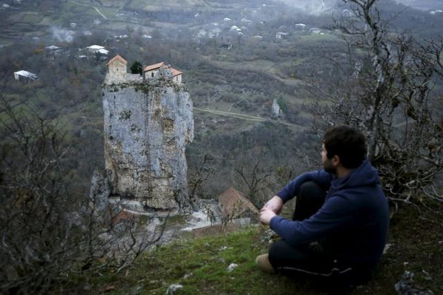 stena-manastir