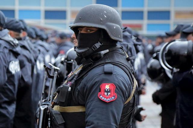 albanci-kosovo-vojska-specijalci-policija