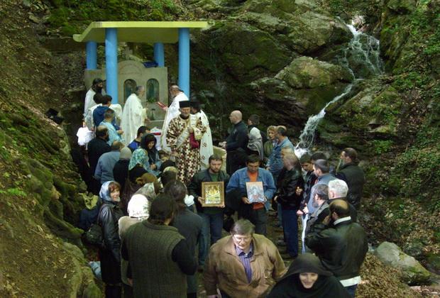 manastir- stjenik