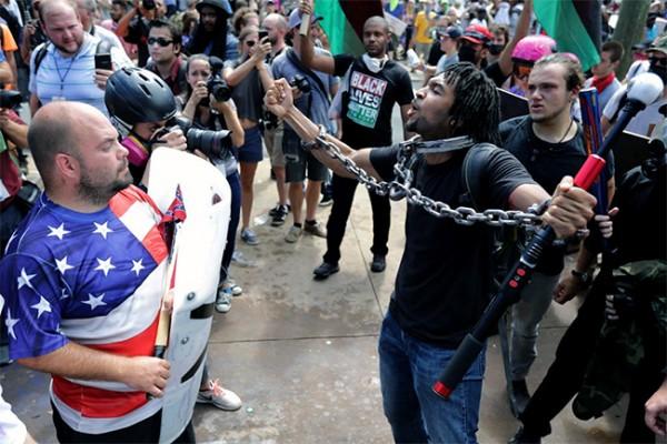 ŠTA STOJI IZA SVEGA? Građanski rat u Americi se namerno izaziva..