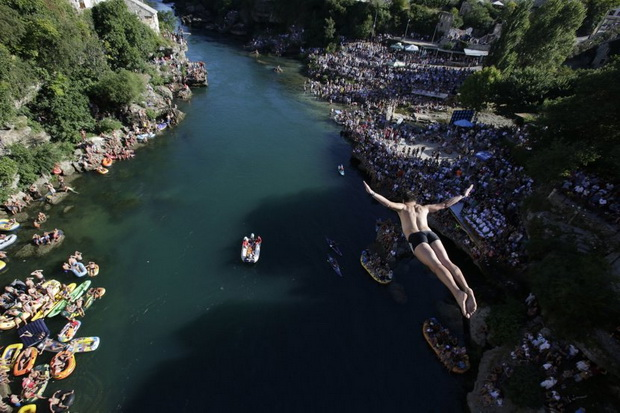 skok- skakac- plivac- voda- reka