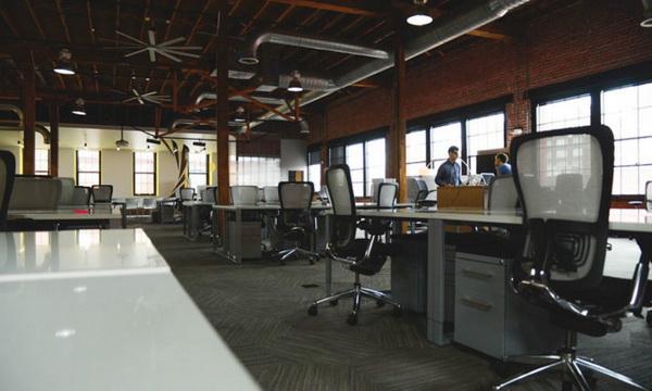 Kancelarija- radnik- zaposleni