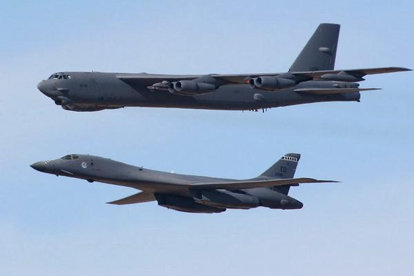 SITUACIJA SE ZAOŠTRAVA: Amerika poslale nuklearne bombardere u Evropu!